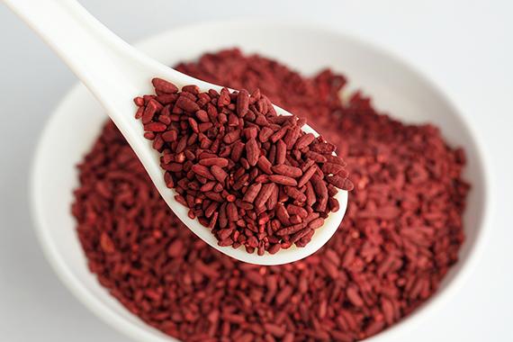 Levedura de arroz vermelho com efeitos benéficos para os níveis do colesterol